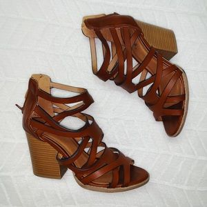qupid strappy wedge heels
